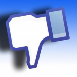 Facebook Messenger: New Features at the Cost of Privacy